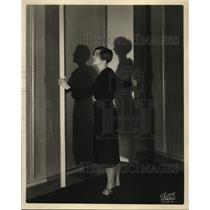 1930 Press Photo The NBC Studio's hostess