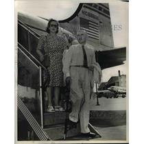1947 Press Photo Juan Maguire, Argentine ranch owner with his wife, Rosa Petite