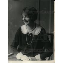 1923 Press Photo Carolyn Nunde - nex48318