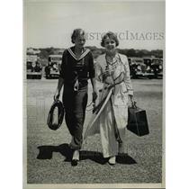 1934 Press Photo Ms. Rose Winslow(L) & Mrs. M. Snow