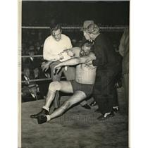 1934 Press Photo A Bloody Jack Washburn After Head-Butt from Gus Sonnenberg