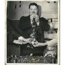 1940 Press Photo Prof Quiz at Battle of Wits Program over Columbia network