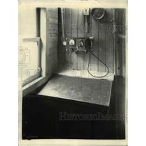 1927 Press Photo Microphone and control unit in caboose