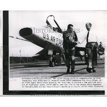 1956 Press Photo George Smith, is congratulated by Chief inspection test pilot