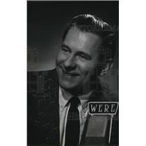 Press Photo Walt Henrick, Radio Performer
