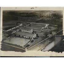 1927 Press Photo Air view of hangars at Calbuenn field wher Lindbergh landed