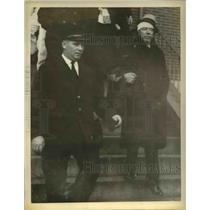 1935 Press Photo Guard Michael J. O'Donnell Injured in Charlestown Prison Break