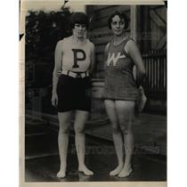 1924 Press Photo Mrs. A.S. Mollard and Helen Cort Battled in Scull Race