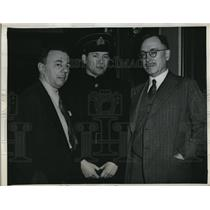 1946 Press Photo Nicolai G Redin Arraigned on Spy Charge Irvin Goodman T Griffin