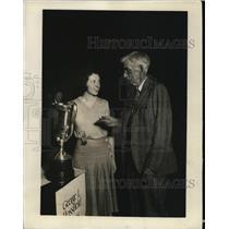 1930 Press Photo Gladys Mandley Intnal Typewriting champ & JN Pop Kimball