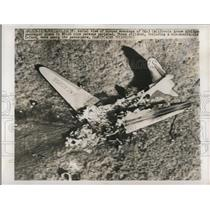 1949 Press Photo Burned Wreckage of DC-3 California Arrow Airliner - ned64729