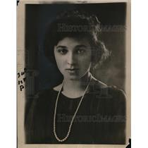 1921 Press Photo Miss Helen Frances Williamson Yale freshman in law