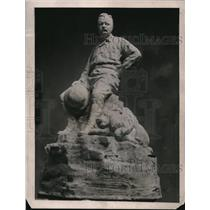 1922 Press Photo Roosevelt Statue
