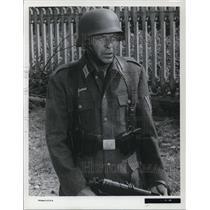 1965 Press Photo Frank Sinatra in Von Ryan's Express