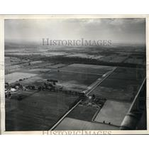 1945 Press Photo Airways Inn seen in air view near Cleveland Ohio