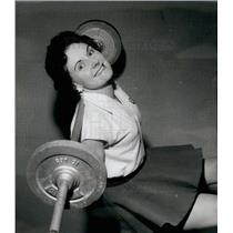 1959 Press Photo Mrs. Jean Leamey ,housewife and weightlifter - KSB16901