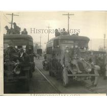 1924 Press Photo Ohio National Guardsmen at the armored bus.