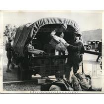 1934 Press Photo National Guardsmen loading up for the trip at Pheonix, Arizona