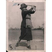1922 Press Photo Female Golfer, Miss Elizabeth Gordon, Wins the St. Valentine's