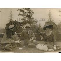 1919 Press Photo Barab Rutharford, Harriet Post, F Burke at Belmont NY