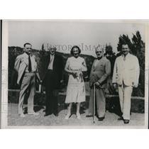 1937 Press Photo of Guests of the mid Ocean Club in Bermuda.