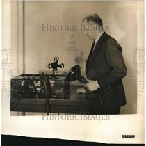 1932 Press Photo Dr Phillips Thomas Westinghouse research engineer