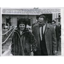 1966 Press Photo Mr. and Mrs. Michael Liuni after Custody case of Beth St. John