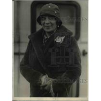 1924 Press Photo French actress Mme Simons arrives in America