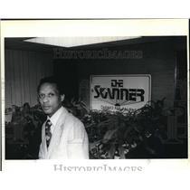 "1980 Press Photo Bernie Foster, black oriented news paper ""The Skanner"","