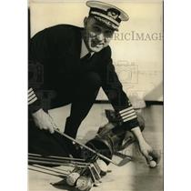 1934 Press Photo Capt.A.D. Hansen of Columbia River Bar Pilot Assn at Astoria.