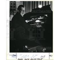 1982 Press Photo Helen West Cole plays Pipe Organ music - ora10645