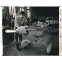 1984 Press Photo Phil Fogg tunes up Alpha, midget racing plane - ora29215