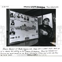 1994 Press Photo Bruce Baker of Battle Ground, Wa Pearson Air Museum Mock up