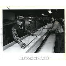 1984 Press Photo Harold Cameron & his son working on a Glasair airplane