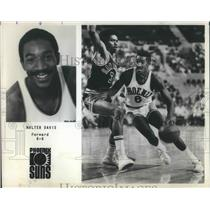 1985 Press Photo Walter Davis hit 3 pt to win for Suns over Spurs by 2