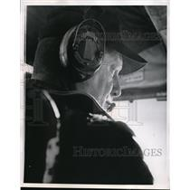 1967 Press Photo Capt. Howard Hansen, ready for take off - ora35265