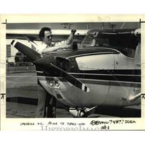 1984 Press Photo Tom Kingsbury of Gresham, Cessna 172 Portland-Troutdale Airport
