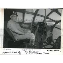 1992 Press Photo D.K Bredehoeft, a member of the Confederate Air Force