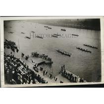 1930 Press Photo Boat parade of Tokyo Commercial College at Sumida River, Tokyo