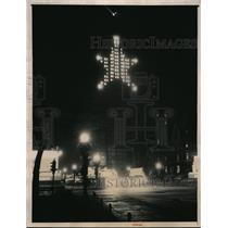 1940 Press Photo Chicago's biggest Christmas star at the Palmolive building