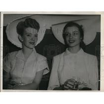 Press Photo Mrs. Golda Keen and Mrs. C. A. Stanton
