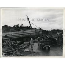 1946 Press Photo Fishing boat cast ashore after earthquake in Shinjo, Japan