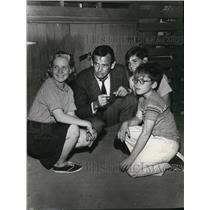 "1964 Press Photo Dianne Ramey Donald Losby Ronny Howard ""The Fugitive"""