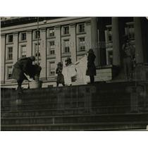 1920 Press Photo Girl Scouts on steps of Treasury bldg in Wash DC