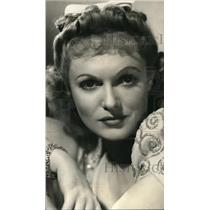 1940 Press Photo Anna Neagle stars in Irene - orp19774