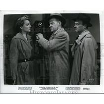 1950 Press Photo Ann Sheridan and Frank Jenks star in Woman on the Run