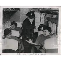 1938 Press Photo London Harmony singers Mattie, Annie, Virginia Peters & mom