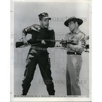 1964 Press Photo Marine Gomer Pyke & Sgt Frank Sutton - orp20707