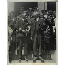 1935 Press Photo Governor welcomes Bryd & his men after the Antarctic Expedition