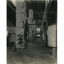 1924 Press Photo Manufacturing Plant / Factory Indicators, Gauges